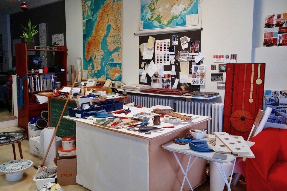 creative iceland mosaic workshop Hafnarfjordur 10.jpg