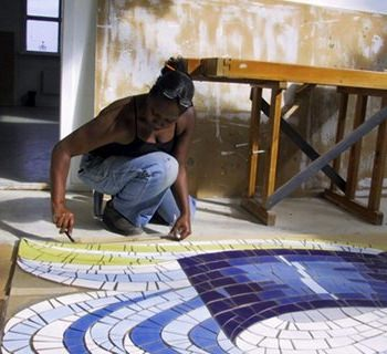 creative iceland mosaic workshop Hafnarfjordur 00.jpg