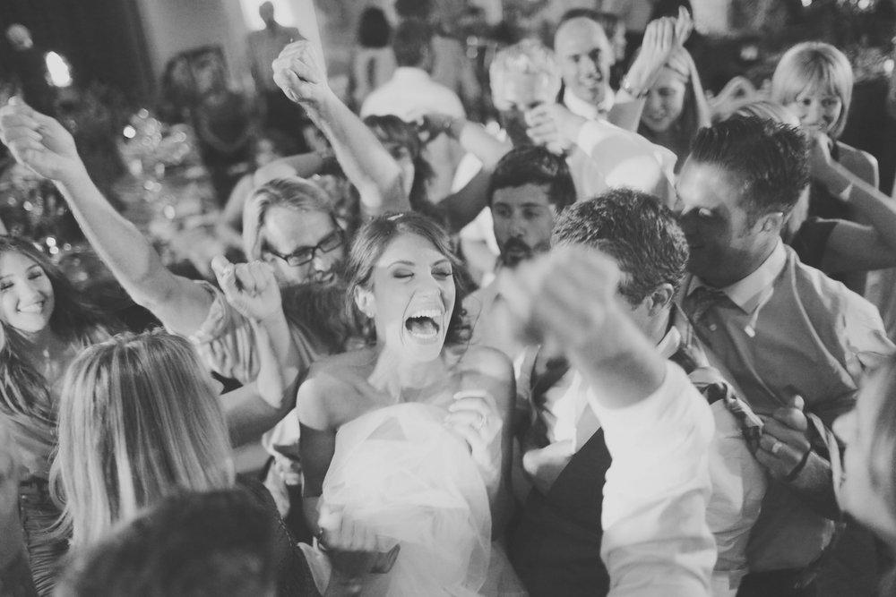 Erin.Chris.Wedding (3)-1140.jpg