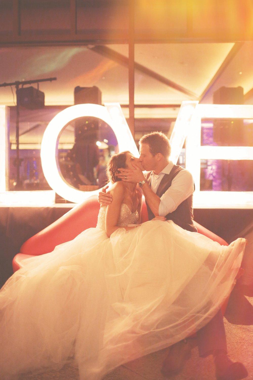 Erin.Chris.Wedding (3)-1230.jpg
