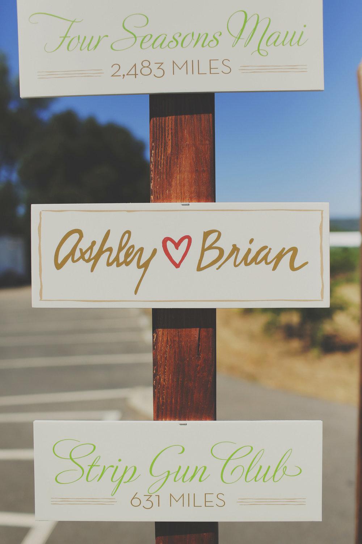 Ashley.Brian.Wedding (2)-0608.jpg