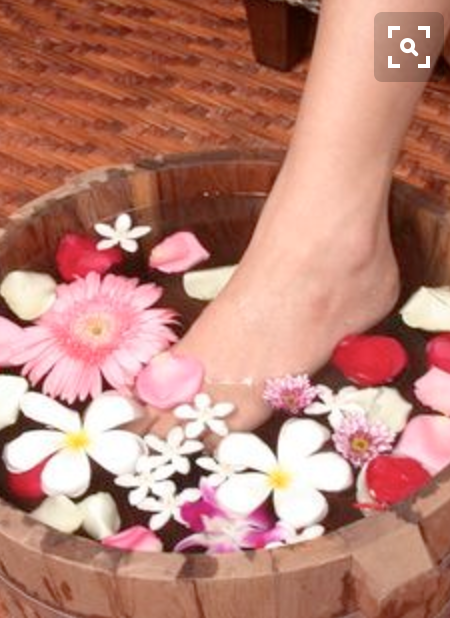 Pedicures with floating florals
