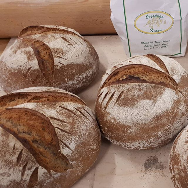 Dagens levaen bröd . Till en leverans. 😊