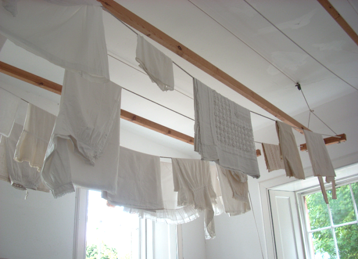 ceiling-clothes-airer.png