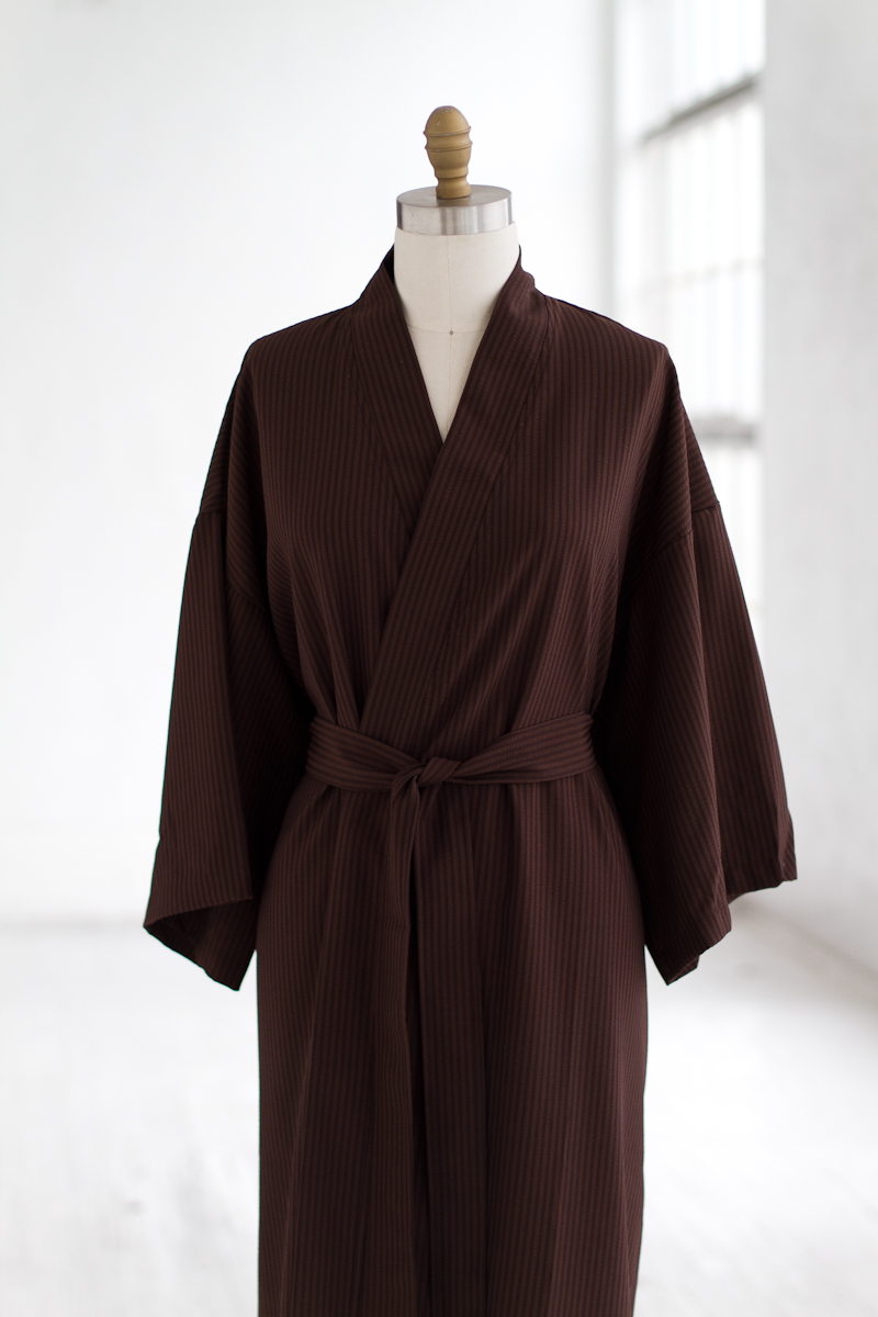 Luxury-Spa-Robe-Seersucker-Kimono-Chocolate.jpg