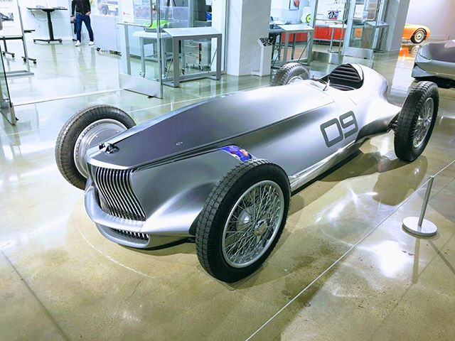 A stunning prototype by Infiniti at the Petersen Museum. Of course it will never see production, but it would be great to see manufacturers design modern open wheel cars...A new Lotus, a new Mercedes, a new Alfa, etc
