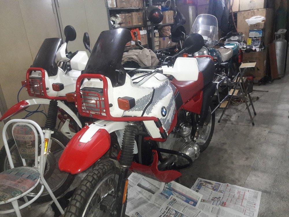 R100-Dakars.jpg