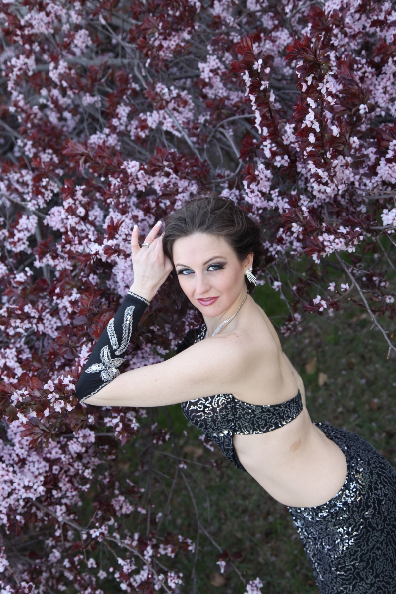 Philadelphia Belly Dancer Serafina at Lambert Castle in NJ