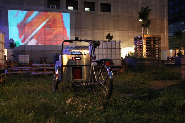 Projector-Bike-01.jpg