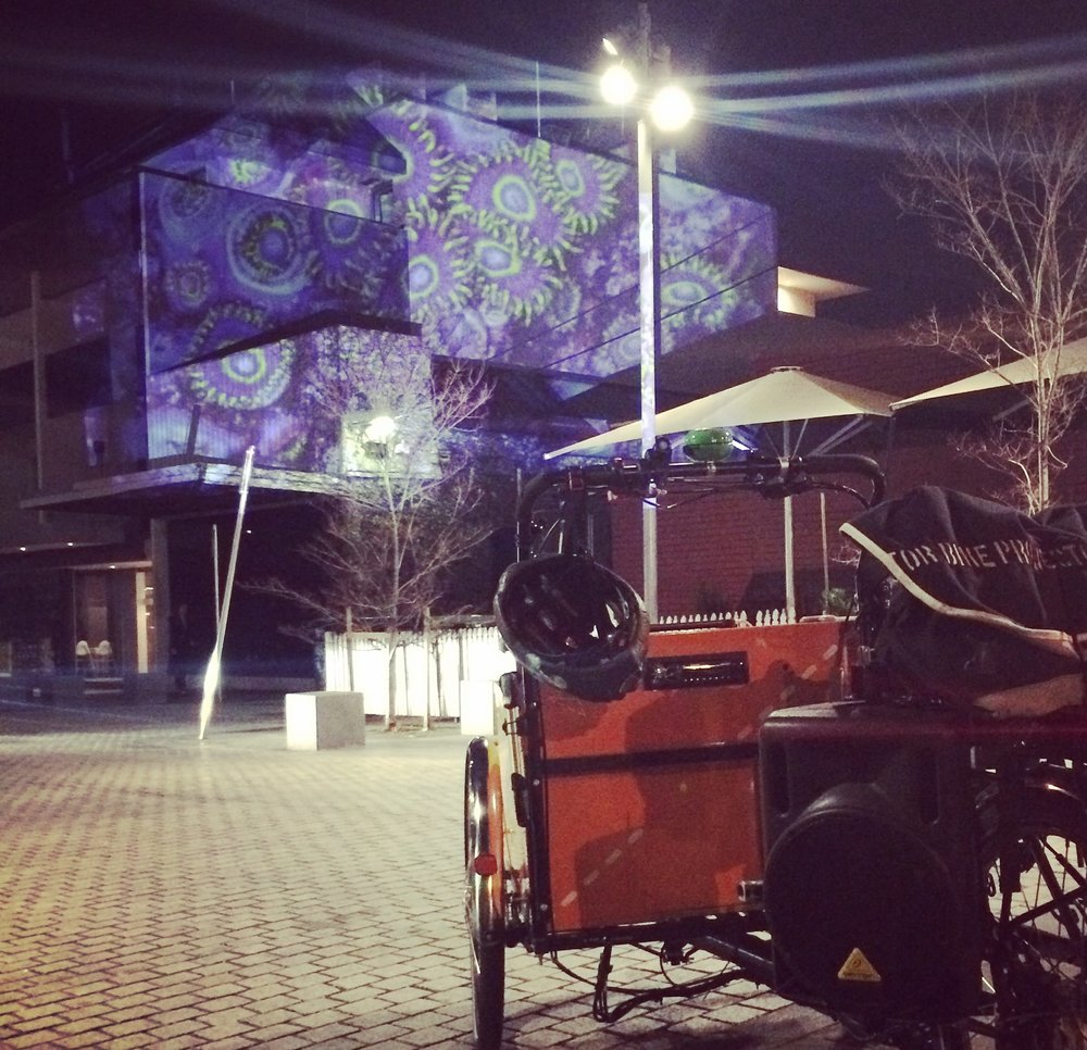MOBILE PROJECTION
