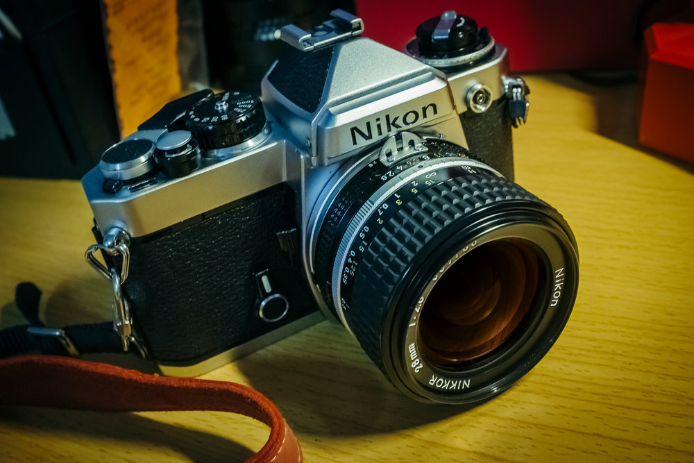 Nikon FE with the nikkor 28mm f/2.8 ai-s