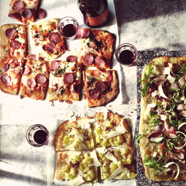 delicious-food-pictures-food-pictures-italian-food-colourful-pizza.jpg