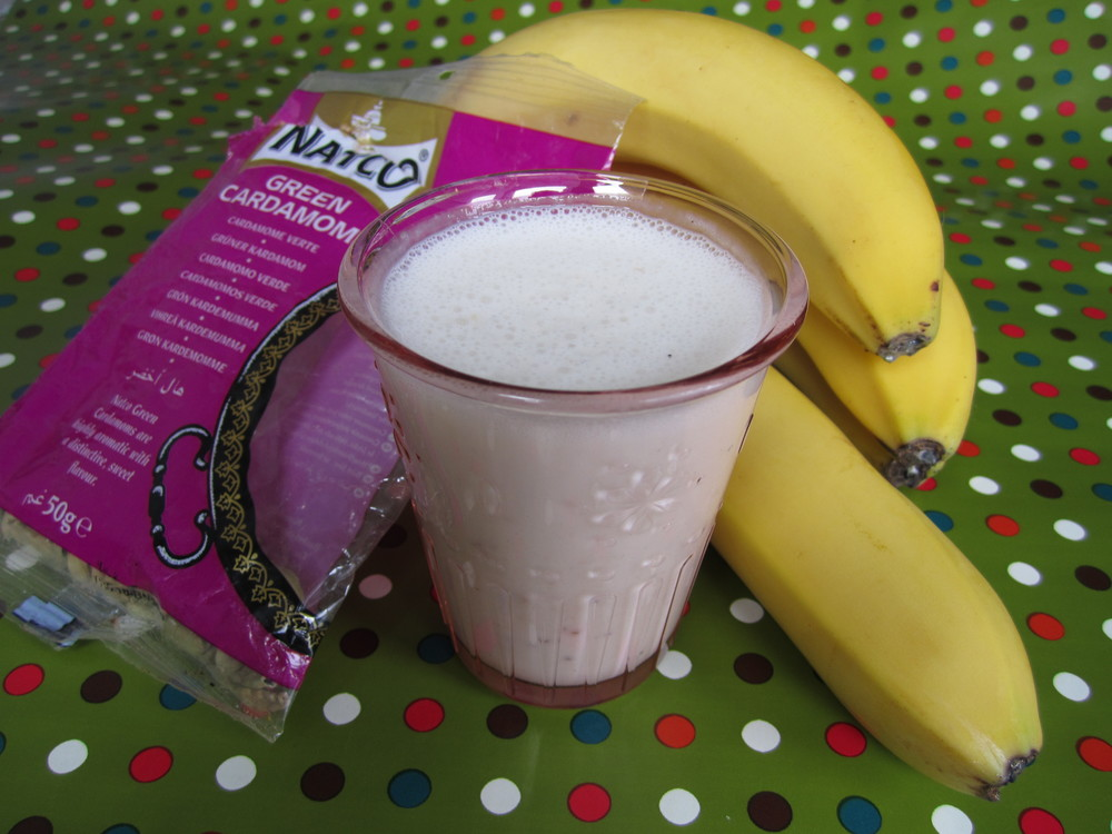 Lassi magic... banana for now, roll on Alphonso mango season...