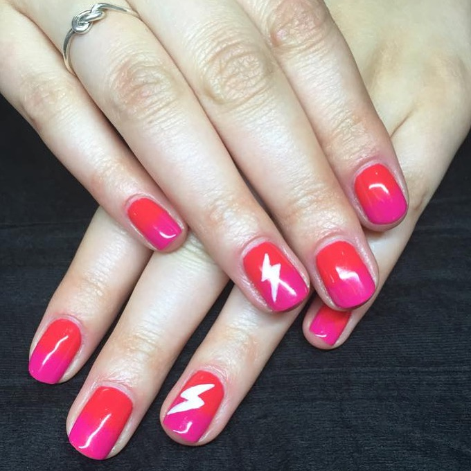 Gel polish ombre and nail art feature