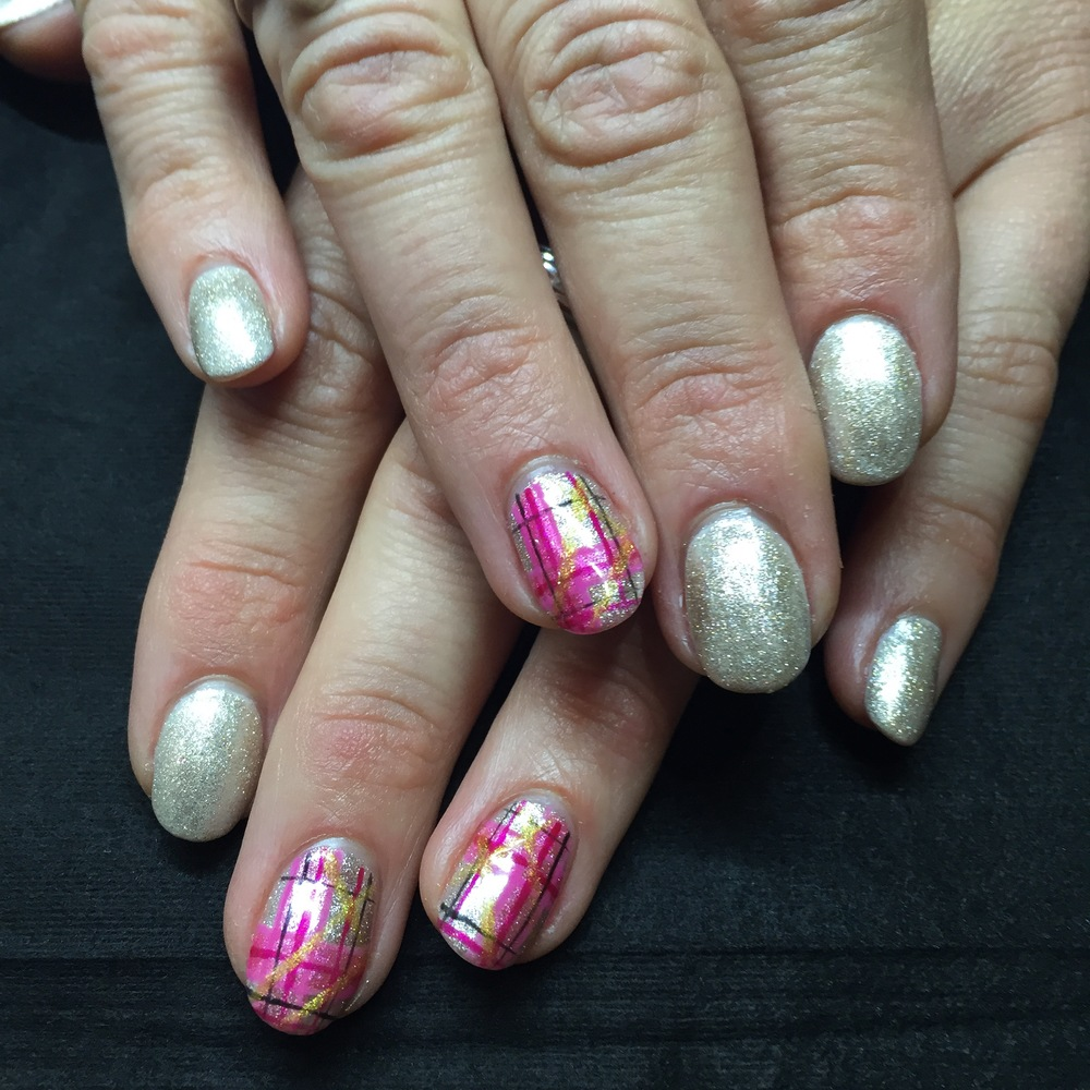 Gel Polish with tartan feature nails