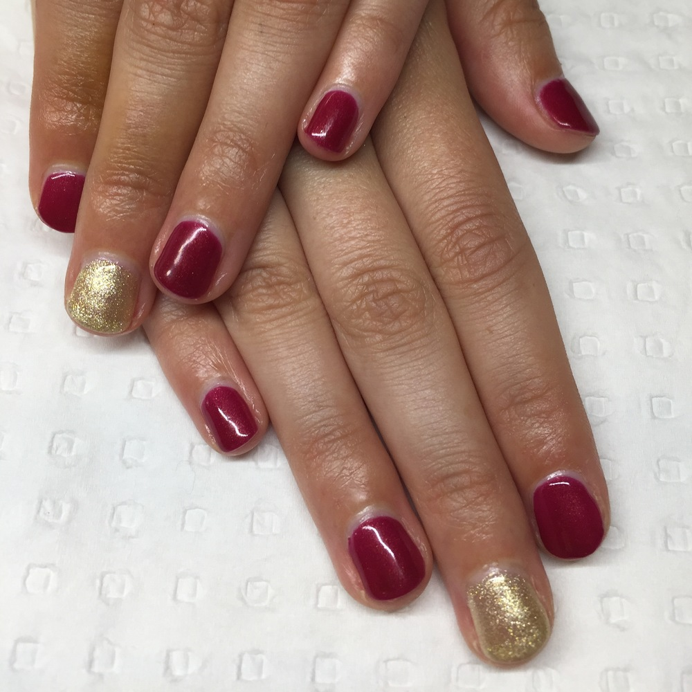 BioSculpture Gel overlay on natural nails - Ravishing Ruby and Gilded Reflection