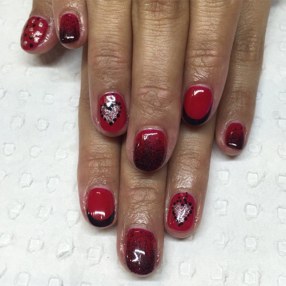 Red & Black Gel Polish Art