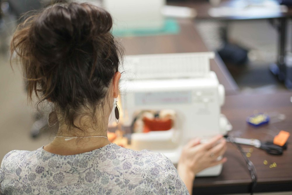 The lovely back of her head at The Craft Sessions 2014 wearing her freshly made Scout Tee!