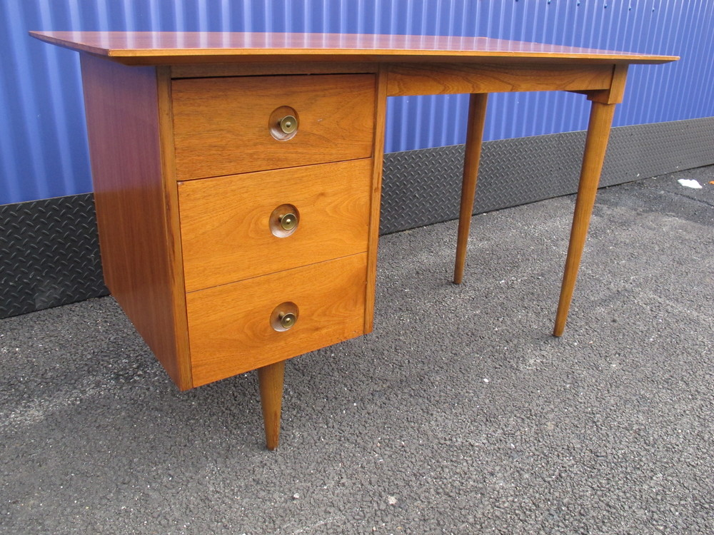 MID CENTURY DESK BY MADDOX