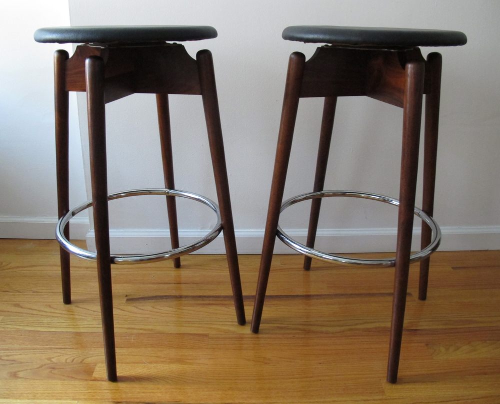 DANISH STYLE BAR STOOLS AFTER KAI KRISTIANSEN