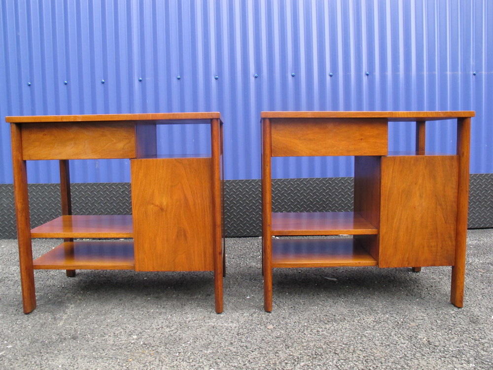 WIDDICOMB NIGHTSTANDS