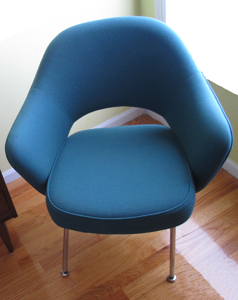 TEAL BLUE KNOLL SAARINEN ARMCHAIR