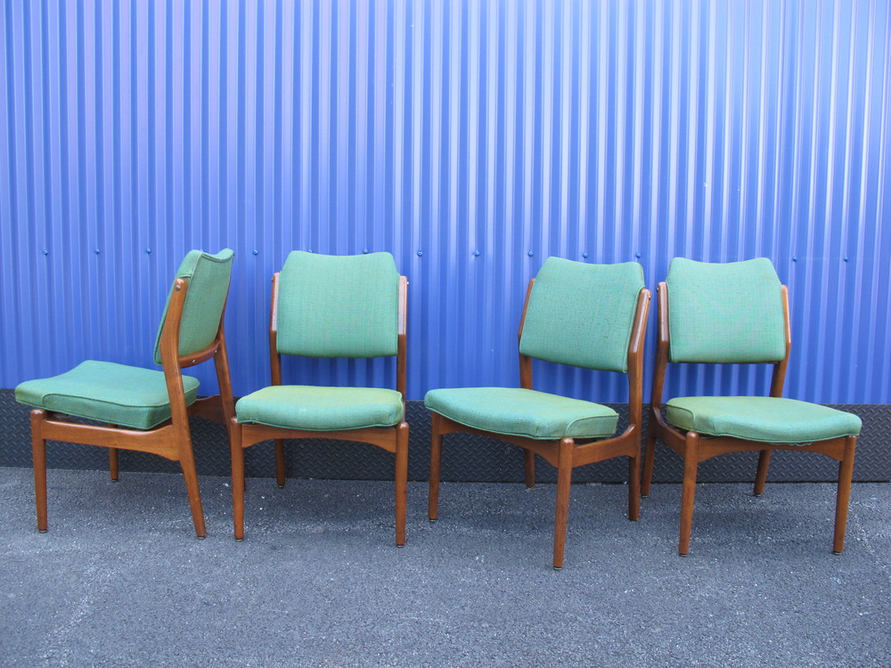 DANISH MODERN STYLE DINING CHAIRS BY B L MARBLE