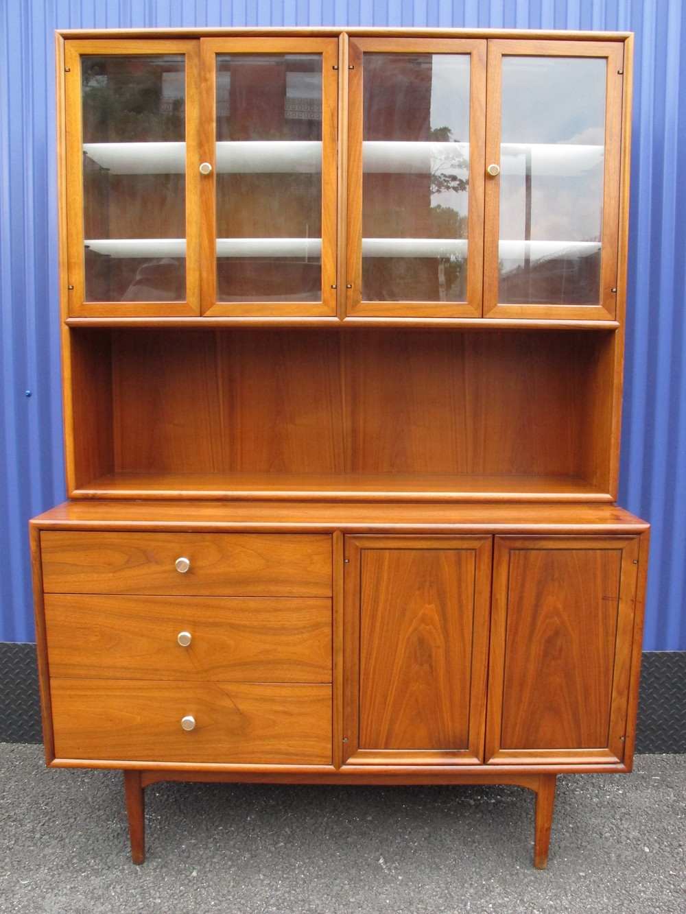 KIPP STEWART HUTCH BY DREXEL