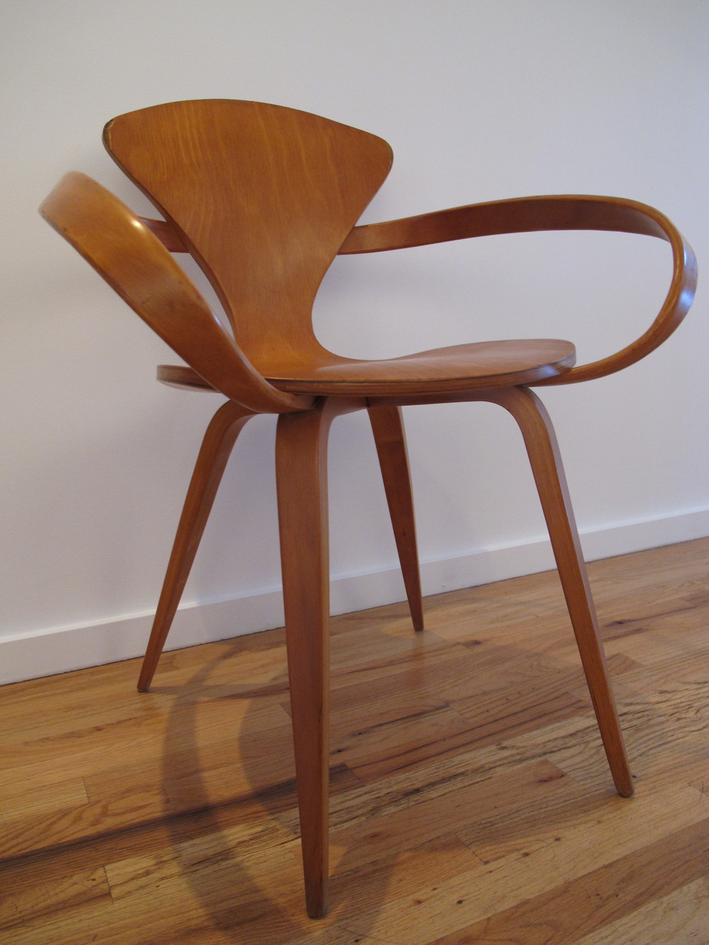 PLYCRAFT PRETZEL CHAIR BY NORMAN CHERNER