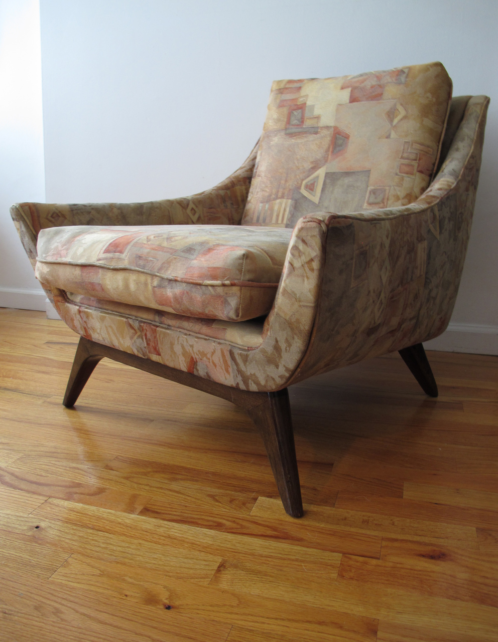 MID CENTURY LOUNGE CHAIR BY ADRIAN PEARSALL