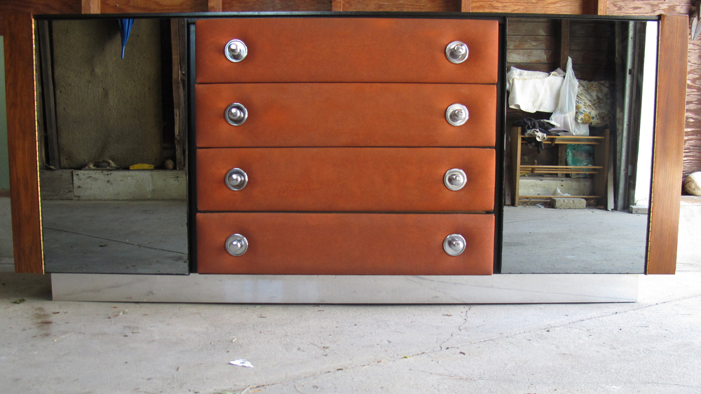 MID CENTURY WOOD AND LEATHER LONG DRESSER BY PULASKI
