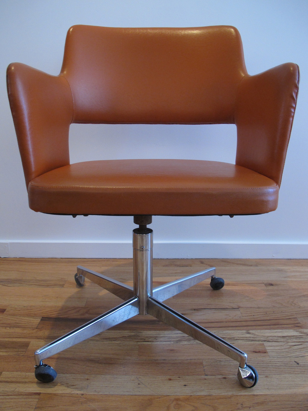 ASKO MIDE CENTURY SWIVEL CHAIR IMPORTED BY STENDIG