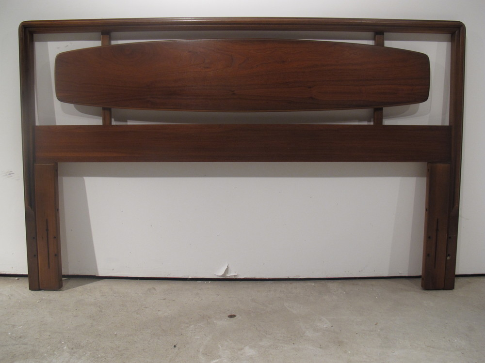 MID CENTURY HEADBOARD BY LANE