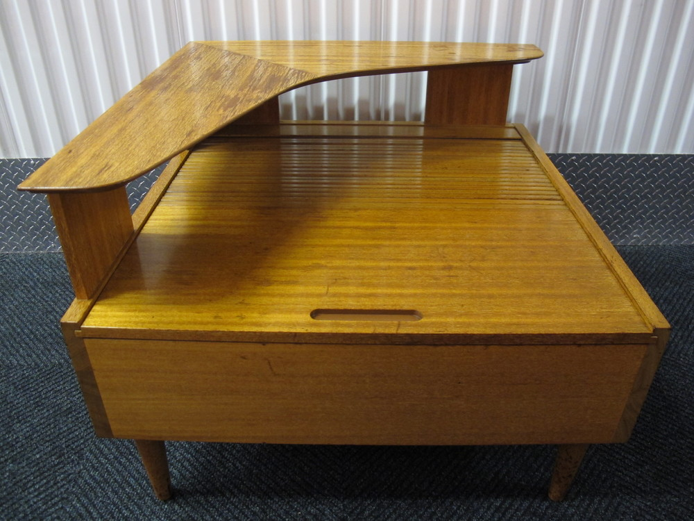 BROWN SALTMAN ROLLTOP END TABLE