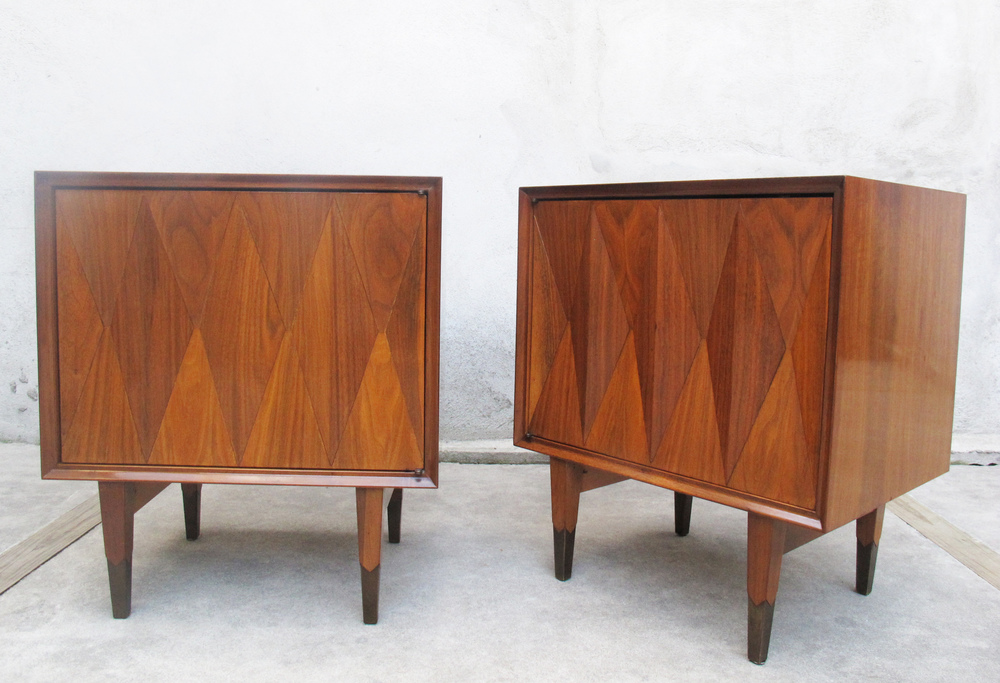 MID CENTURY NIGHTSTANDS BY ALBE