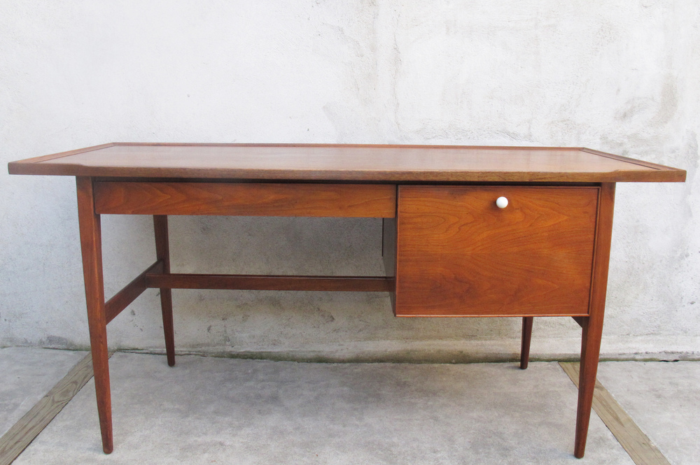 DREXEL DECLARATION LINE DESK BY KIPP STEWART