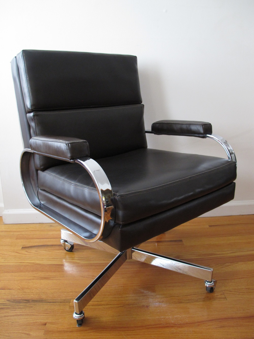 MID CENTURY OFFICE CHAIR ATTRIBUTED TO PATRICIAN