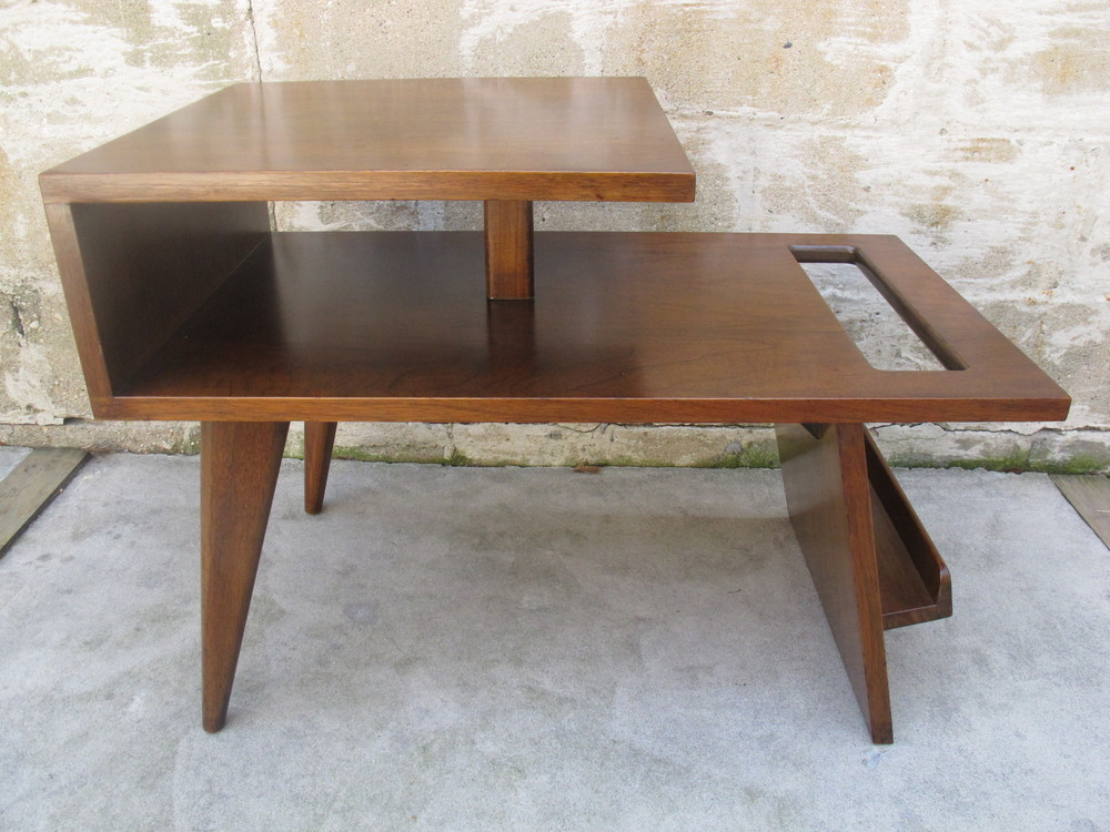 MID CENTURY TWO-TIER END TABLE AFTER RISOM