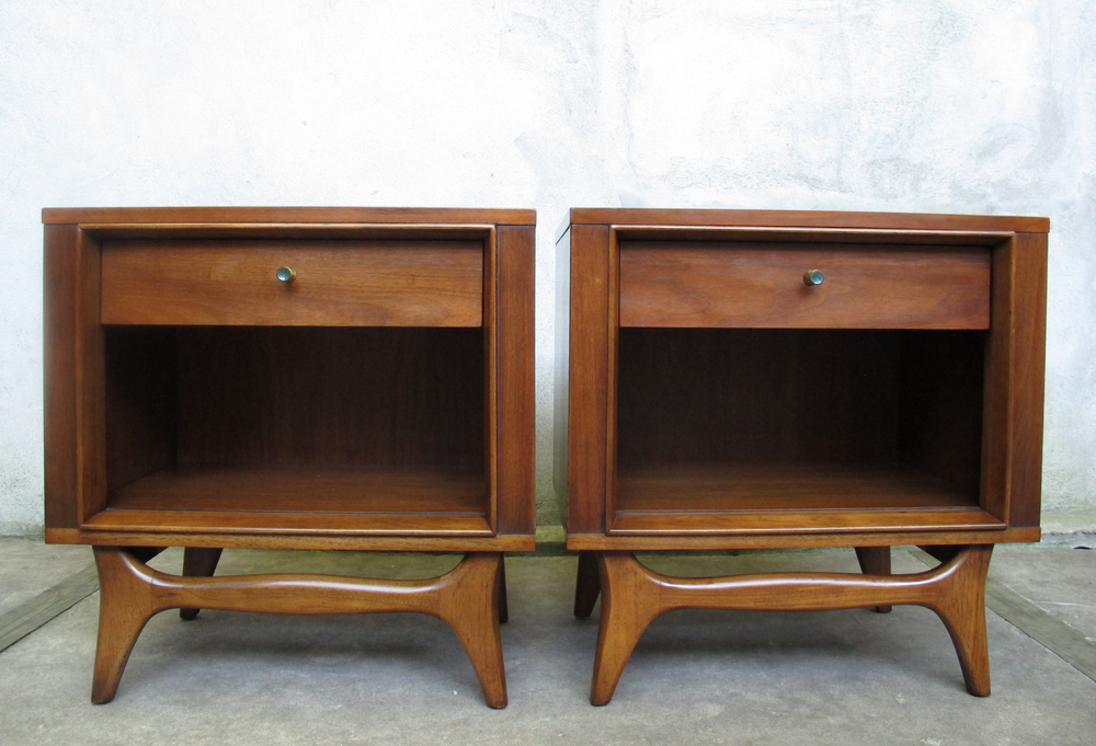MID CENTURY KENT COFFEY WALNUT NIGHTSTANDS