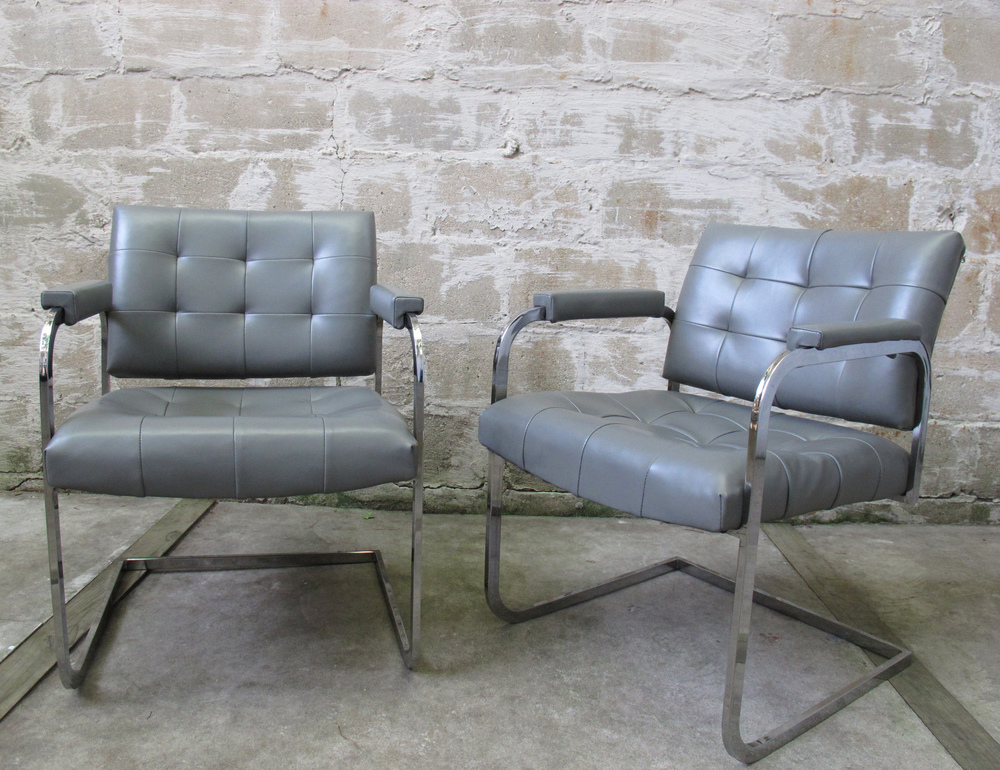 PAIR OF MILO BAUGHMAN STYLE LOUNGE CHAIRS BY PATRICIAN