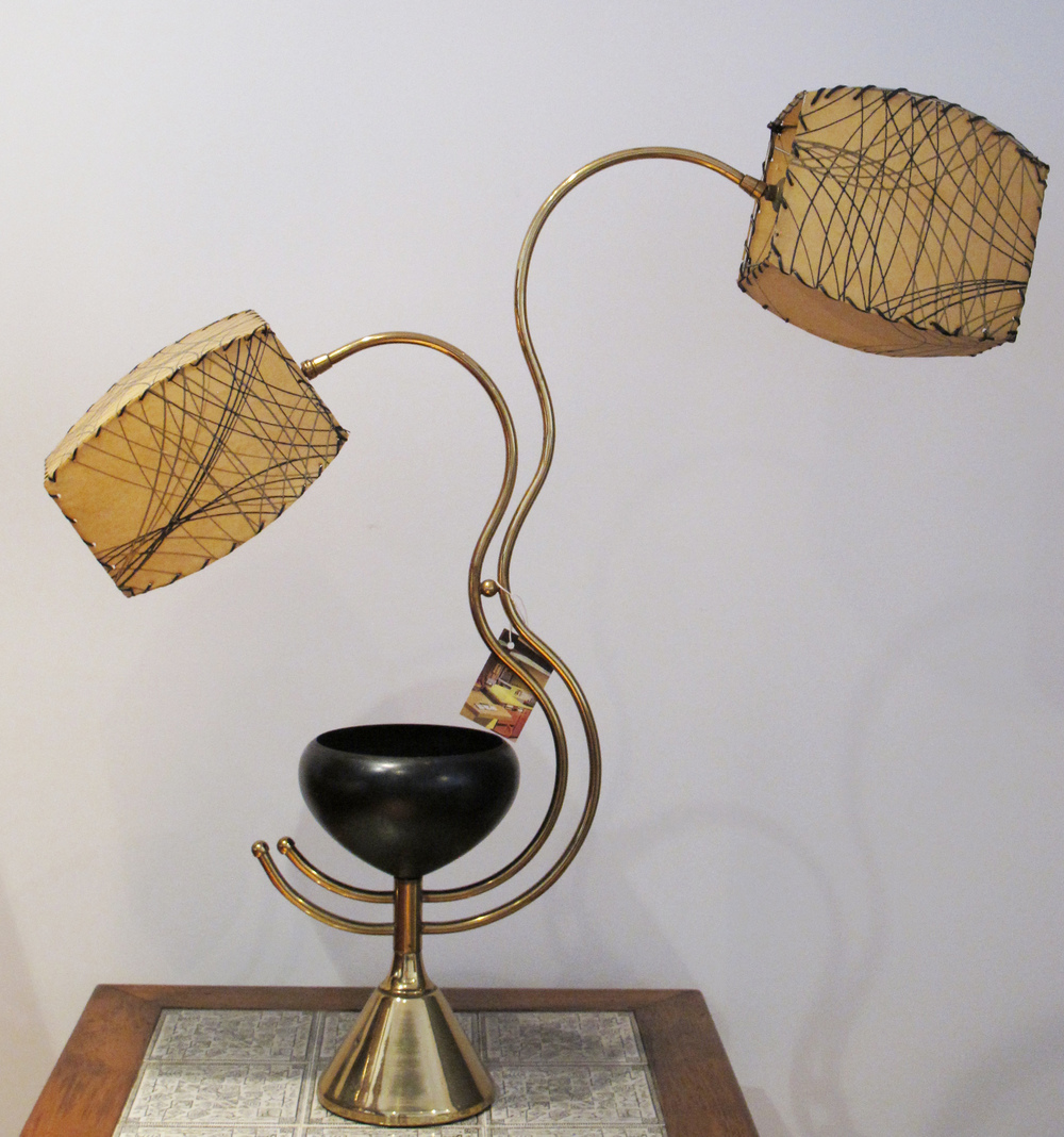 MID CENTURY BRASS TWO-STEM LAMP WITH FIBERGLASS SHADES & CENTER PLANTER