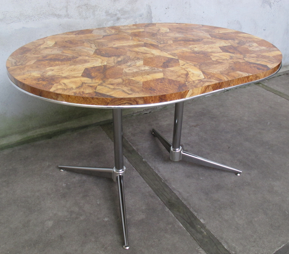MID CENTURY CHROME LEGGED OVAL TABLE