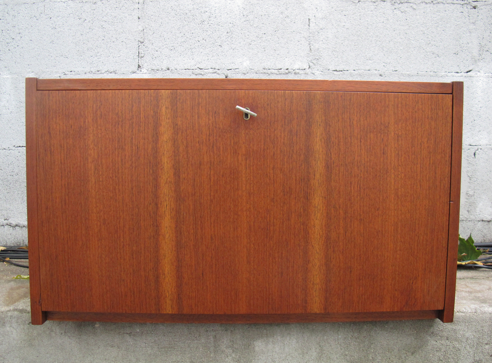 DANISH MODERN STYLE WALNUT CABINET UNIT AFTER CADO