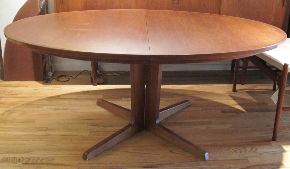 DANISH STYLE WALNUT DINING TABLE