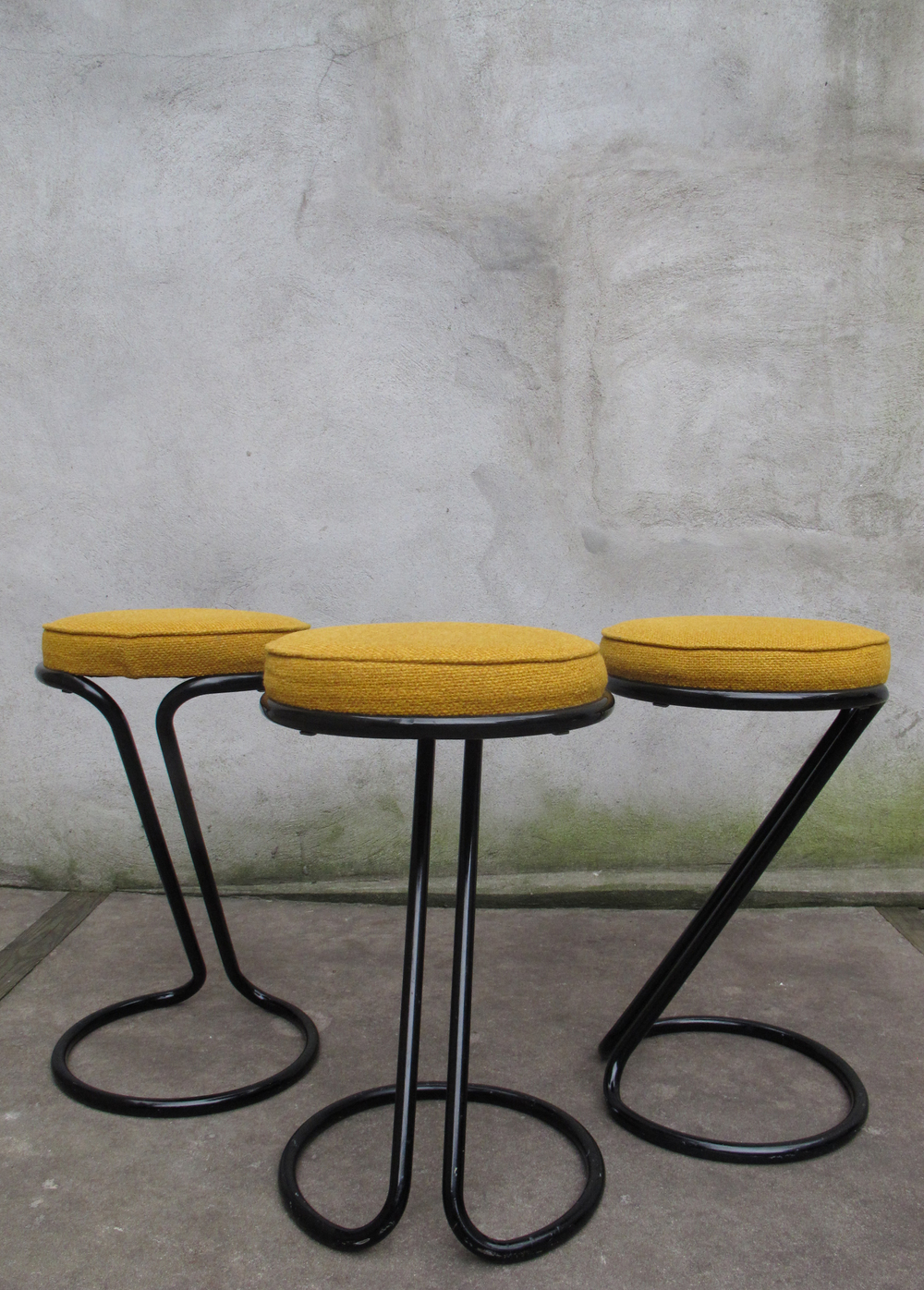 "MID CENTURY ""Z"" STOOLS AFTER GILBERT ROHDE"