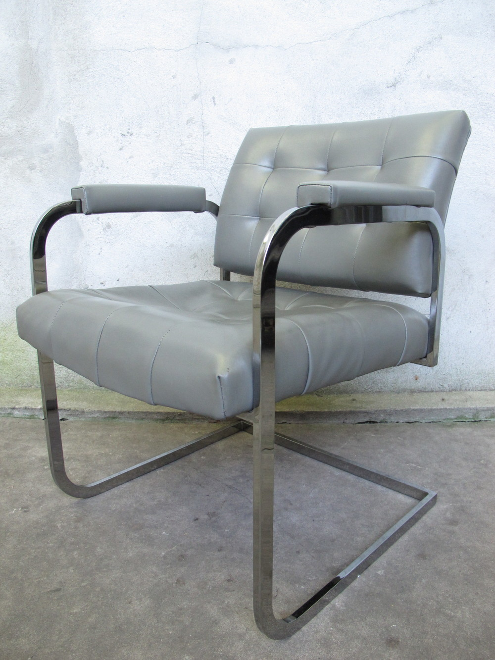 MID CENTURY MILO BAUGHMAN STYLE LOUNGE CHAIR BY PATRICIAN