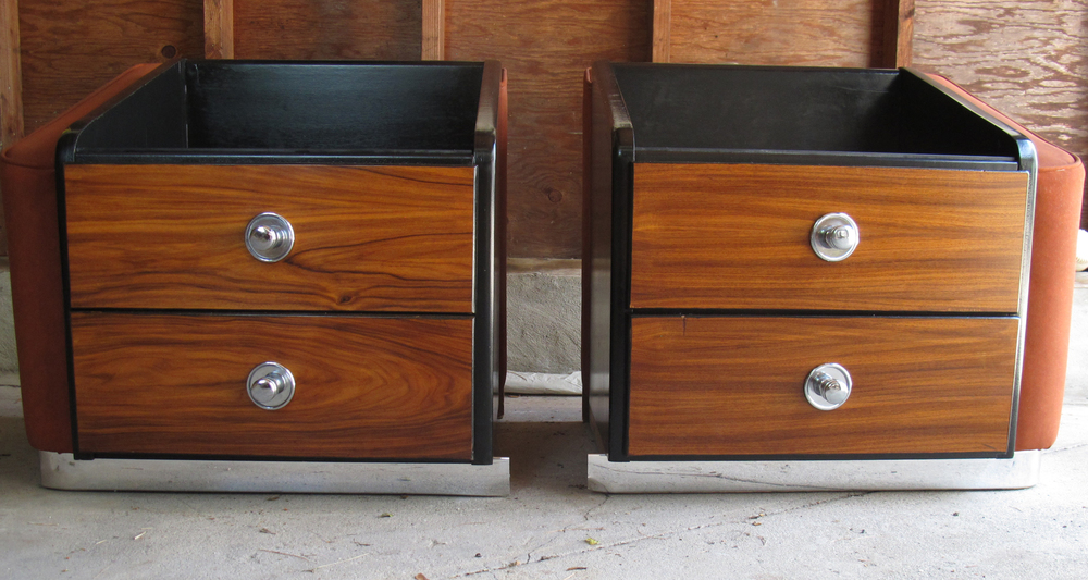 MID CENTURY WOOD & LEATHER NIGHTSTANDS BY PULASKI
