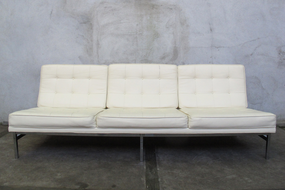 "FLORENCE KNOLL ""2553"" WHITE LEATHER ARMLESS SOFA"