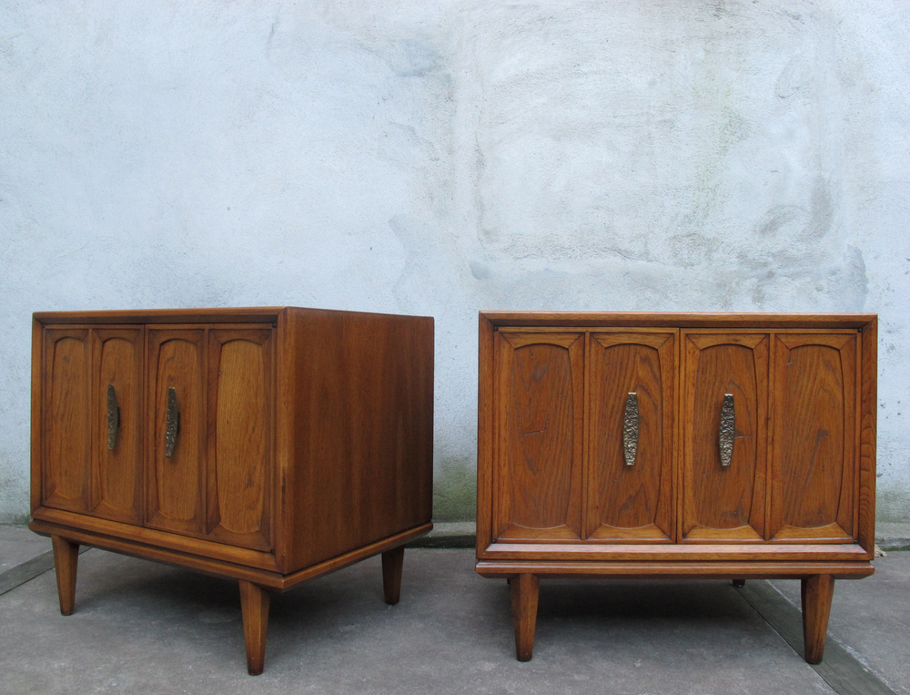 MID CENTURY NIGHTSTANDS BY HERITAGE