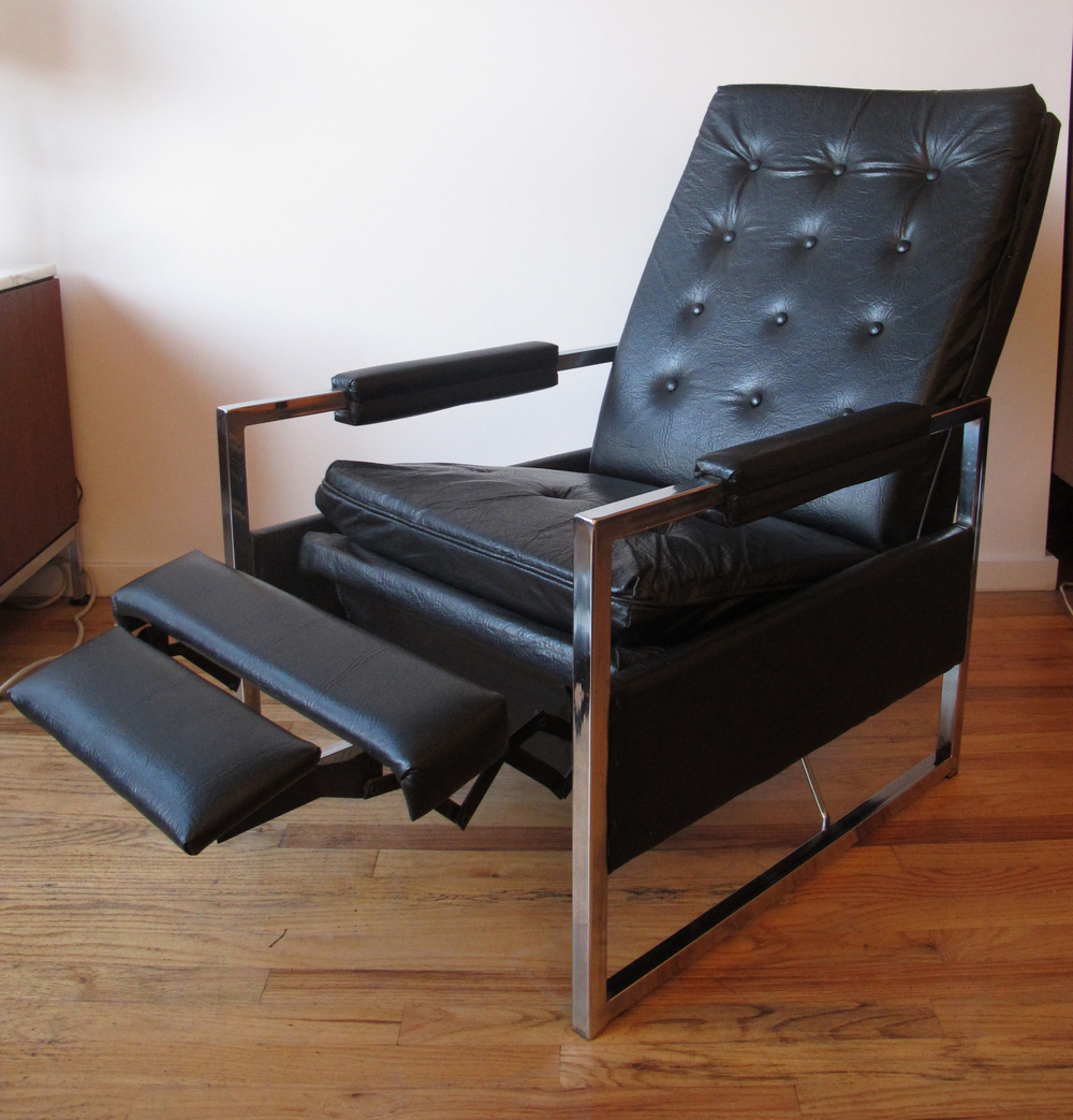 MILO BAUGHMAN STYLE RECLINING LOUNGE CHAIR